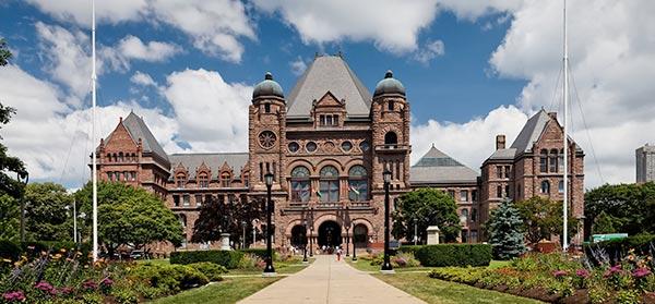 Ontario_leg-building