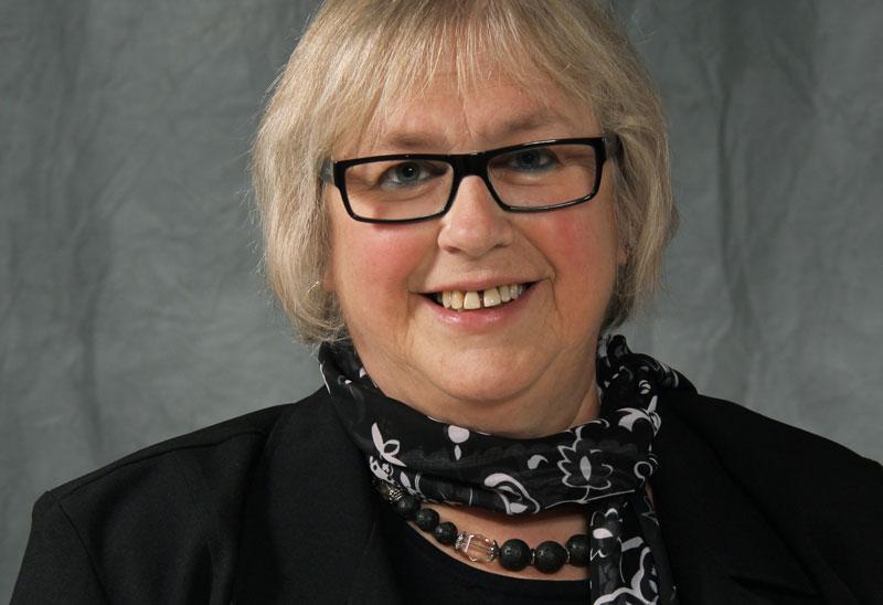 Hélène Sylvain, professeure associée au département des Sciences infirmières de l'Université du Québec à Rimouski et récipiendaire du Prix d'Excellence 2018 de l'ACDEAULF